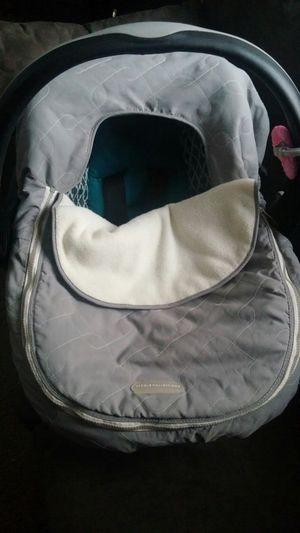 Cover for infant car seat for Sale in Columbus, OH