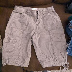 St. John's Bay Women's Shorts for Sale in Hutchinson, KS