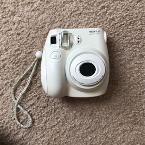 fujifilm instant camera 7s for Sale in Kissimmee, FL