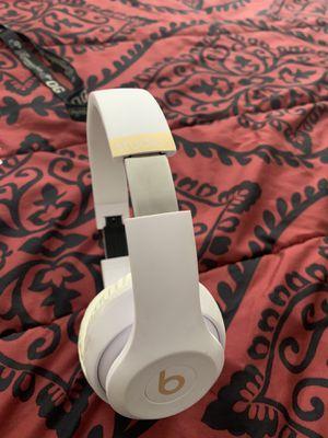 White Beats Studio Wireless 3 for Sale in Jacksonville, NC