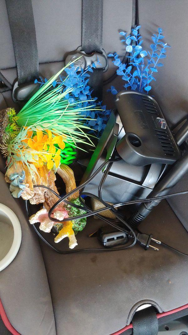 Aquarium decor and power filter