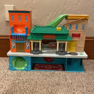 Toy Building for Sale in West Linn, OR