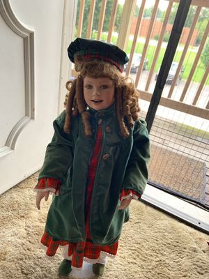 Antique doll for Sale in Moline, IL