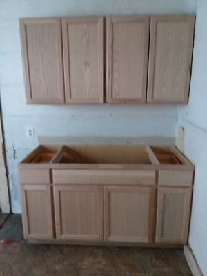 Kitchen cabinets new for Sale in Cleveland, OH