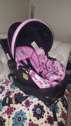 Car seat for Sale in Miami, FL
