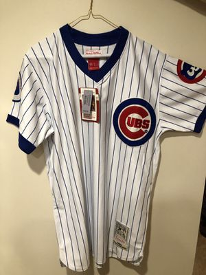 Cubs jersey size L for Sale in Chicago, IL
