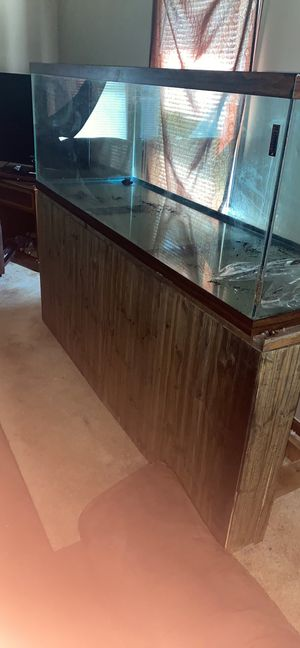 180 gallon fish tank for Sale in Raleigh, NC