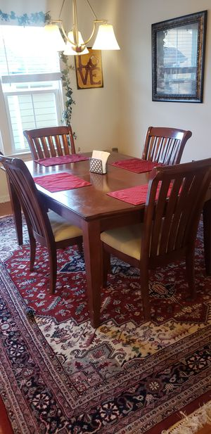 Dining Room Set for Sale in Morrisville, NC