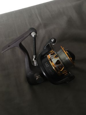 SPINNING FISHING REEL for Sale in San Diego, CA