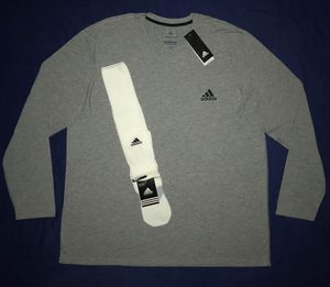 2XL ADIDAS CLIMALITE ATHLETIC SHIRT & MATCHING SOCKS. for Sale in Dallas, TX