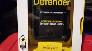 OtterBox Defender Series Case for Apple iPhone 5/5s/SE - Retail Packaging - Black for Sale in Croydon, PA