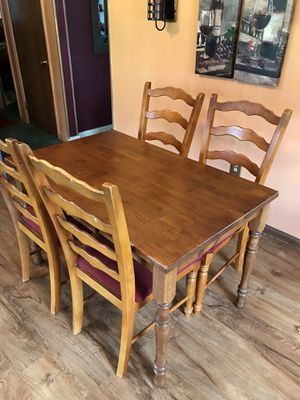 Dining Room Table Set for Sale in Clairton, PA