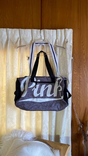 Victoria. Sicret. Pink. Duffle bag for Sale in Bell, CA