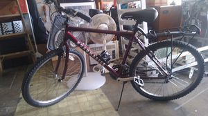 Roadmaster 6-speed bicycle for Sale in Melbourne, FL