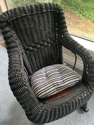 Children's antique wicker rocking chair for Sale in Tacoma, WA