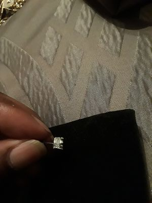 Diamond earring for Sale in Plainville, CT