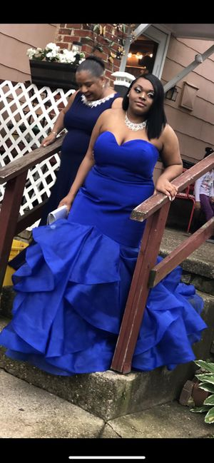 Dress for sell for Sale in Camden, NJ
