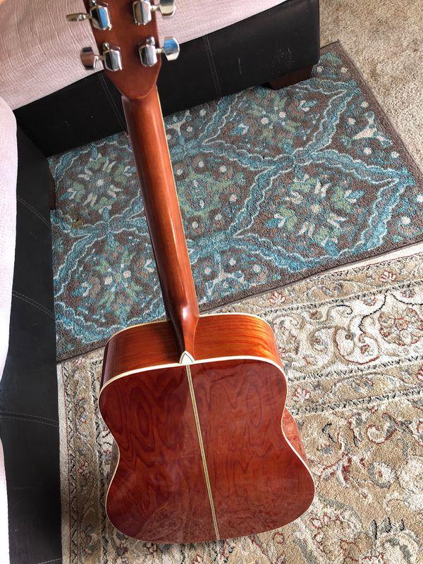 Acustic guitar LOTUS L 100