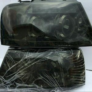 Ford F150 2004-2007 Projector Headlights for Sale in Pomona, CA