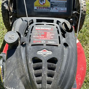 Push Lawnmower MTD Yard Machines for Sale in Los Angeles, CA