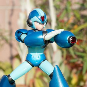 Marvel vs. Capcom: Infinite Collector's Edition Mega Man X Diorama Statue (Game not included) for Sale in Compton, CA