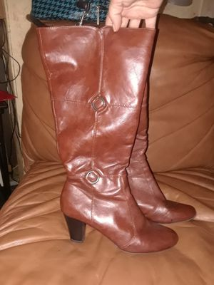 Woman's size 10 wide shaft Lifestride Boots for Sale in Tampa, FL