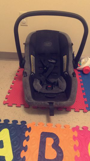 Car Seat for Sale in Albany, GA