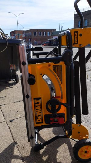 DeWalt table saw with stand. dwe7491 for Sale in Dallas, TX
