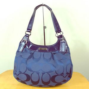 AUTHENTIC Coach 💙 Blue Soho Signature Hobo Bag! F19445 $25 for Sale in Portland, OR