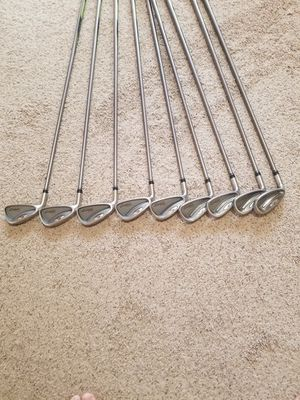 Great Condition Starter Left Handed Golf Clubs for Sale in Deerfield Beach, FL