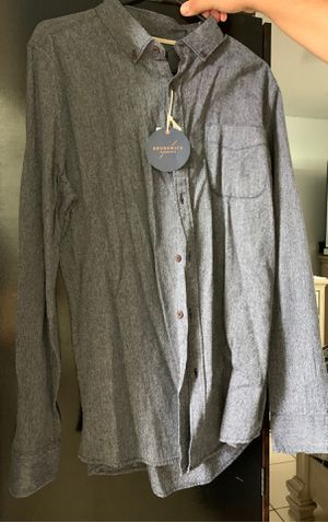 Men's dress shirt for Sale in Rialto, CA