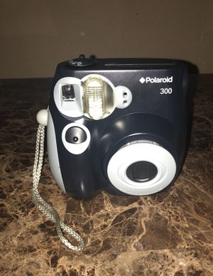 Polaroid PIC 300 Instant Film Camera (Black) for Sale in Lakeland, FL