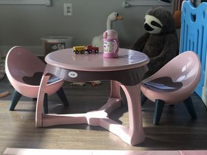 Toddler table and chair (x2) set for Sale in College Park, MD