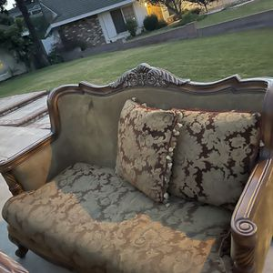 FREE SOFAS & PILLOWS. STRONG WOOD FRAME for Sale in Whittier, CA