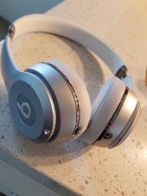 Beats solo 3 wireless for Sale in Anaheim, CA