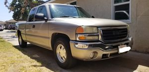 2003 GMC Sierra 1500 extended cab for Sale in Fresno, CA