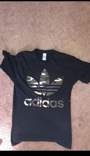 Adidas Camo Shirt for Sale in Garden City, MI