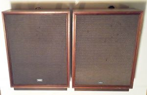18 Inch Vintage Yamaha NS-18 Speakers Good Condition Sound Great for Sale in Hallandale Beach, FL