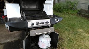 BBQ grill for Sale in Clawson, MI
