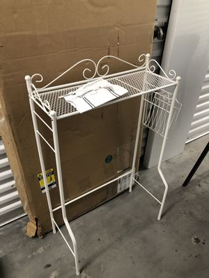 over the toilet shelf 24x8 H36 for Sale in Las Vegas, NV