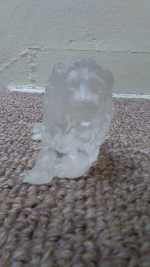 Desna Glass Lion Figurine for Sale in Long Beach, CA