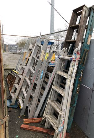 Ladders ladders and ladders for Sale in Seattle, WA