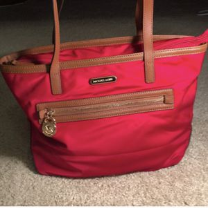 Red Michael Kors Tote bag for Sale in Irvine, CA