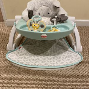Fisher Price Sit Me Up Floor Seat for Sale in Trumbull, CT