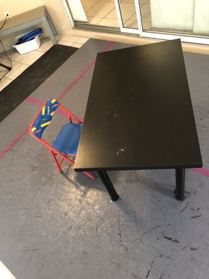 Kids chair and table for Sale in Naples, FL
