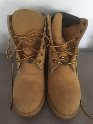 Timberland boots size 8 women, almost new for Sale in Reston, VA