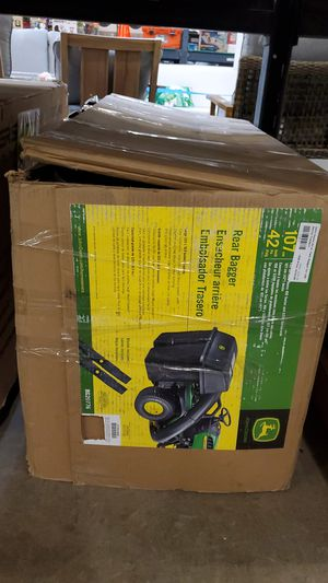 Twin bagger for 100 series tractors john deere 42in for Sale in Phoenix, AZ
