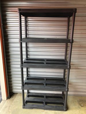 Plastic shelf in good condition for Sale in Norcross, GA