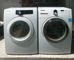 Samsung front load washer and dryer for Sale in Miami, FL