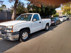 2003 Chevy Silverado AUTomatic short bed rar runs good for Sale in Newark, CA